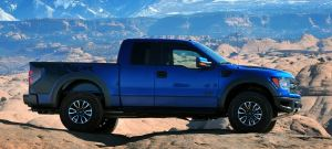 13 Ford F-150 Raptor - side